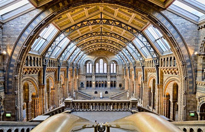 Înăuntru la Natural History Museum din South Kensington, West London.