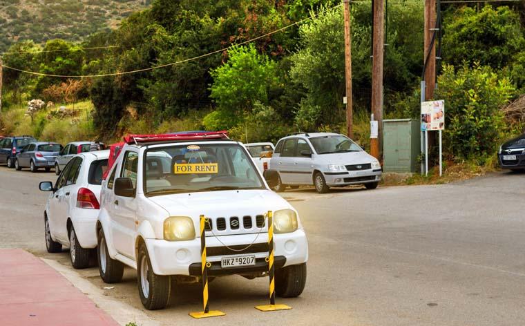 Ce trebuie să știi înainte să închiriezi o mașină pe perioada vacanței