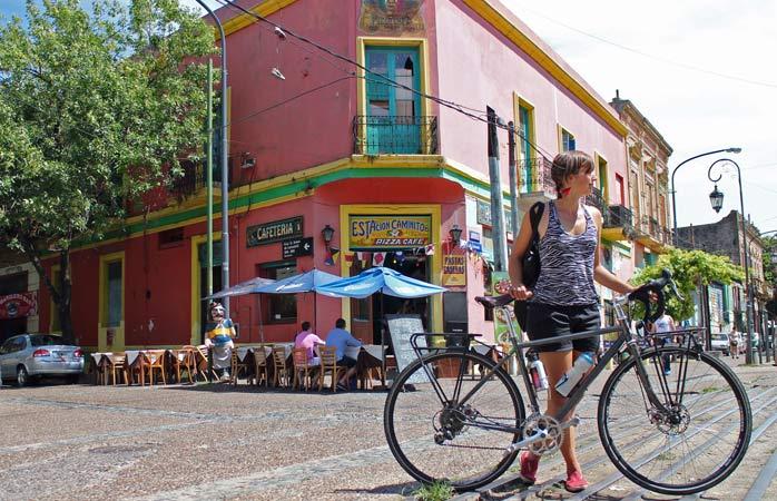 În vizită în La Boca, cartierul plin de culoare din Buenos Aires, Argentina