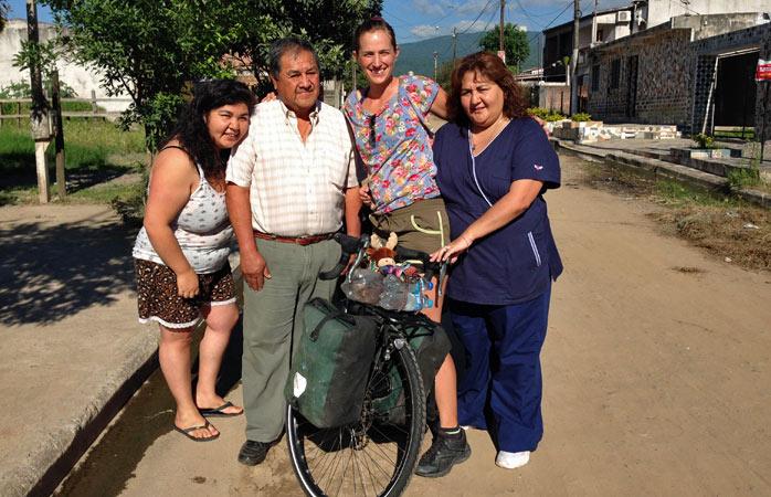 """""""Familia Gonzalez din San Miguel de Tucumán, Argentina – câțiva dintre oamenii atât de generoși pe care i-am întâlnit în călătorii..."""""""