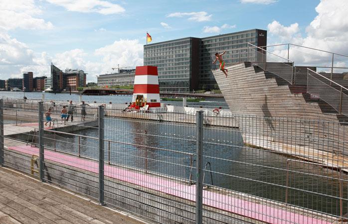 Nu credeai că soarele știe să strălucească în Copenhaga?! Nu e ceva la ordinea zilei, dar și când se întâmplă...