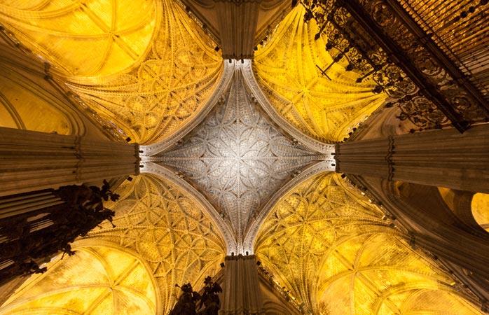 Sevilla se fălește cu cea mai mare catedrală gotică din lume: Catedrala Sfânta Maria