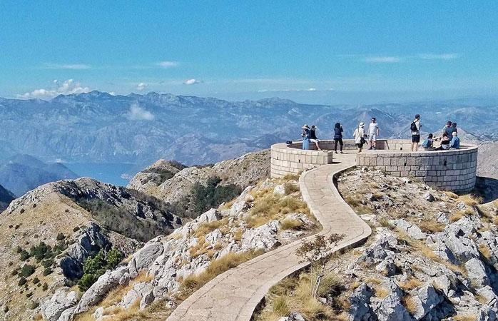 Cetinje nu este nici mai mult, nici mai puțin decât vechea capitală regală din Muntenegru