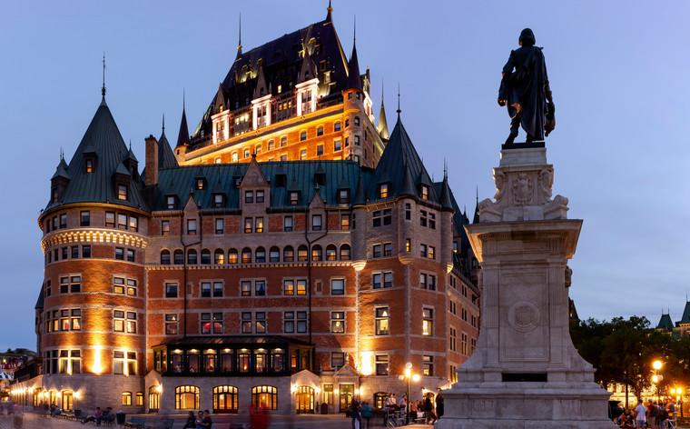 Nopți terifiante într-unul dintre 6 cele mai bântuite hoteluri ale lumii