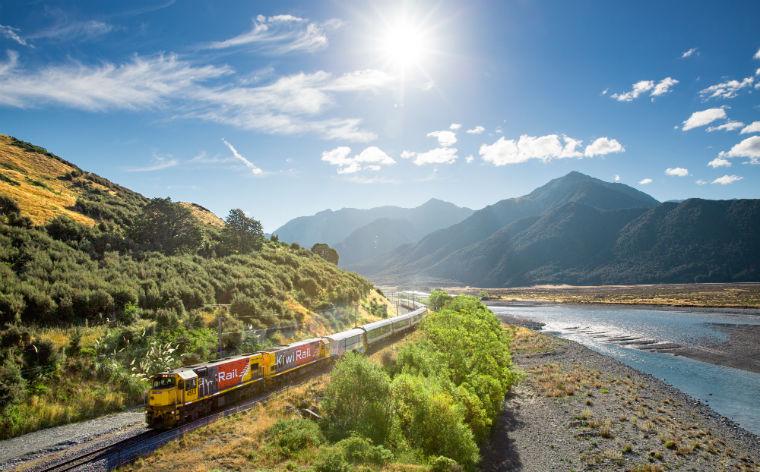 10 călătorii fabuloase cu trenul din întreaga lume