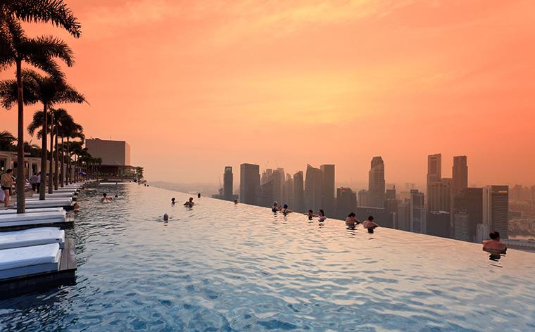 O vacanță ca la carte: top 12 hoteluri cu piscină