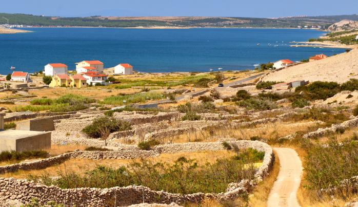 Satul Zubovići, minunea neexplorata a regiunii Novalja... departe de vreo insula galagioasa.