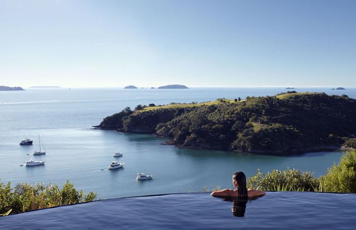 cazare-Delamore-Lodge-Insula-Waiheke-hoteluri-cu-piscine