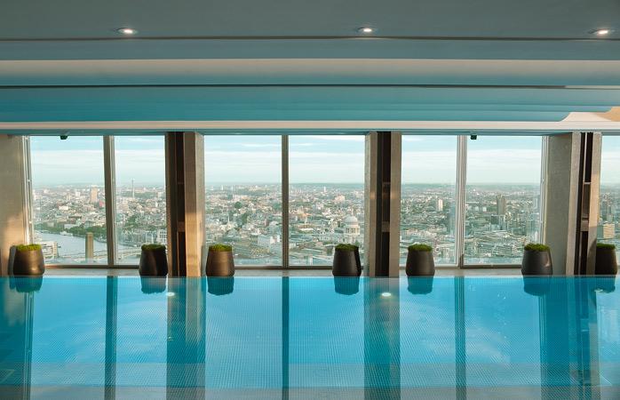 hotel-Shangri-la-londra-hoteluri-cu-piscine-piscina-pe-acoperis-piscine-uimitoare