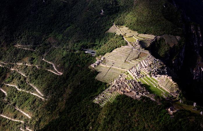 """Imagine panoramică sau """"cum ai vedea Machu Picchu dacă ai fi o pasăre"""""""