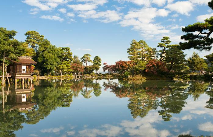 Serenitatea împinsă până la limite nesperate în Grădina Kenroku-en