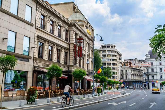 Mândra arteră a Bucureștiului - Calea Victoriei