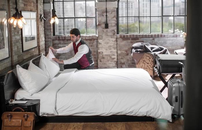 Niciun stres legat de făcutul patului de dimineață când dormi la hotel