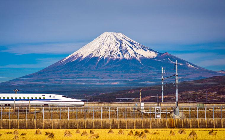 Călătorie în Japonia: un traseu complet de 10 zile cu trenuri de mare viteză