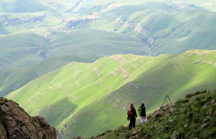 Doar tu, rucsacul, tovarășul de călătorie și Munții Drakensberg