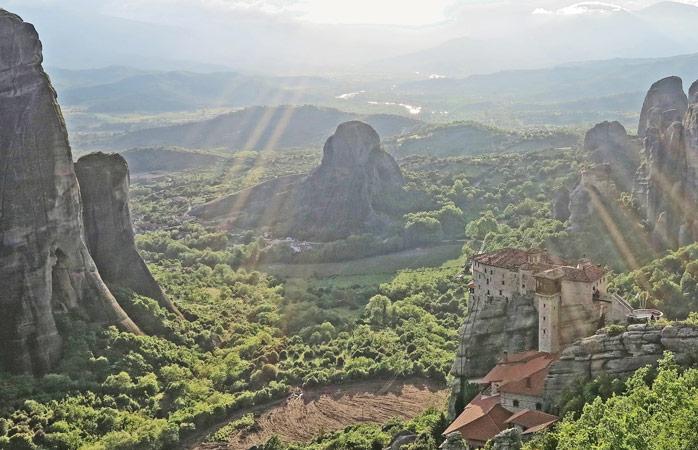 Mănăstirea Rousanou este una dintre cele 6 mănăstiri de la Meteora