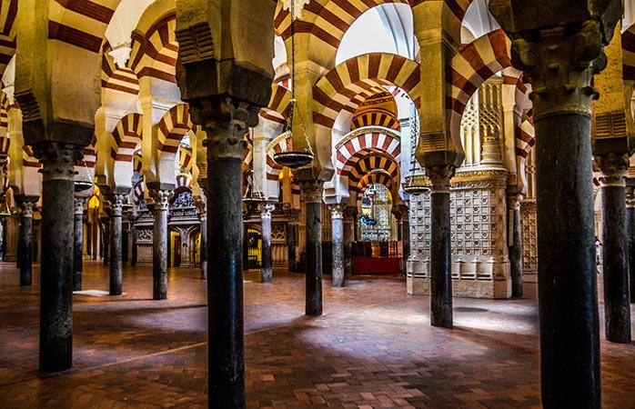 Arcadele din Marea Moschee din Córdoba, Spania