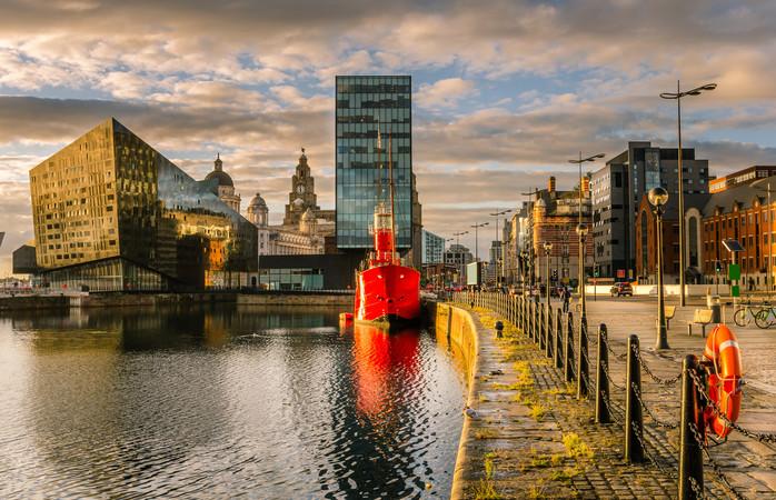 O plimbare prin trecutul maritim al orașului, la Albert Dock