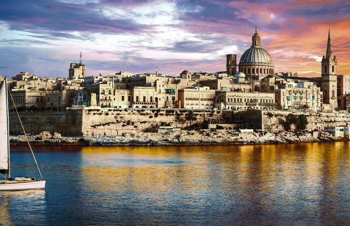 Vechi, plin de istorie și logodit cu marea... orașul maltez, Valetta