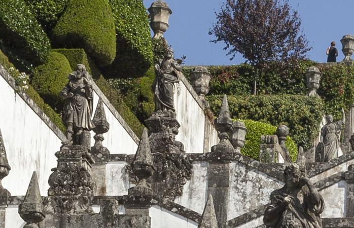 Braga, încărcată de dealuri și de frumusețe copleșitoare