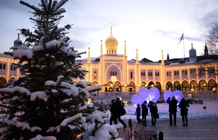 Tivoli - o locație de vis, aproape idilică, este casa Târgului de Crăciun din Copenhaga width=