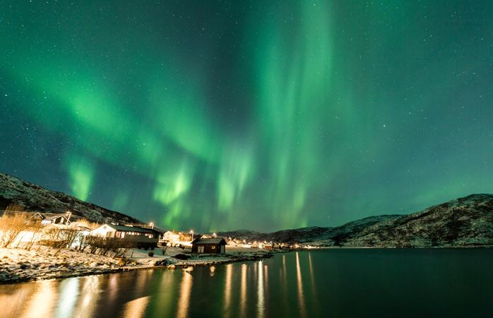 Îmbată-ți criță privirea cu luminile din Tromsø!