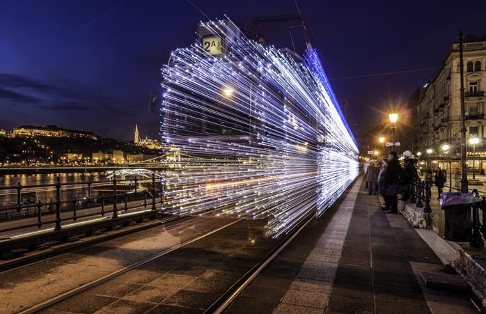 Când se circulă cu viteza luminii... de Crăciun