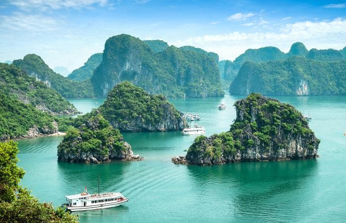 Golful Ha Long, o altă minune terestră aflată pe pământurile Vietnamului
