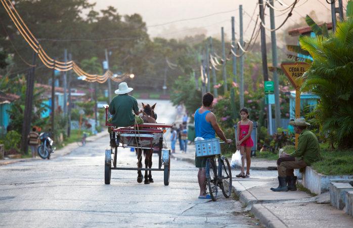 Doar o zi ca oricare alta pe străzile din Viñales, Cuba