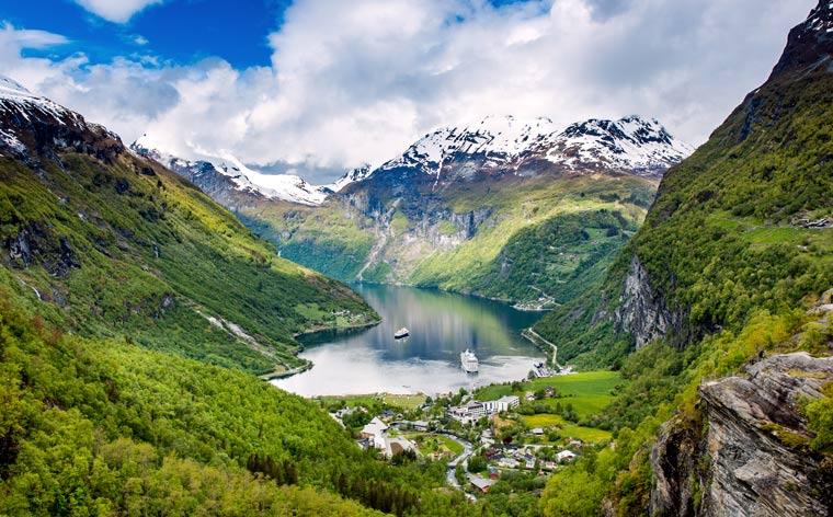 Minunile planetei: Cele mai frumoase obiective turistice din lume aflate în patrimoniul UNESCO