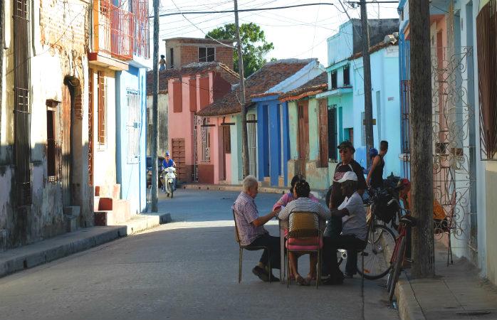 Pensiunile cubaneze sunt o oportunitate excelentă pentru a plonja de la 10 metri direct în cultura locală