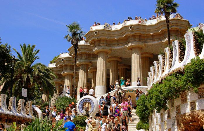Parcul Güell, una dintre bijuteriile marelui Gaudi