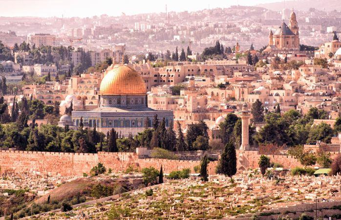 În Ierusalin ai parte, probabil, de cel mai autentic Paște cunoscut sub Soare